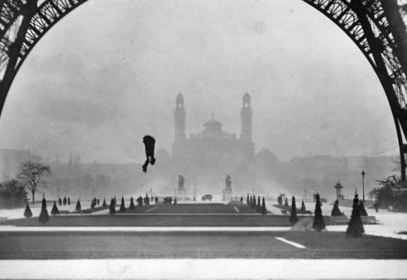 Franz falling from the Eiffel Tower.